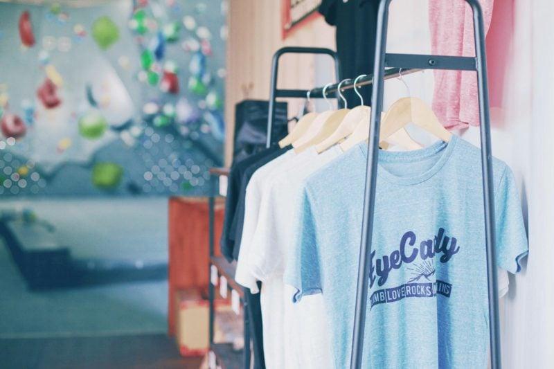 ミノリテ物販スペース・eyecandy Tシャツ