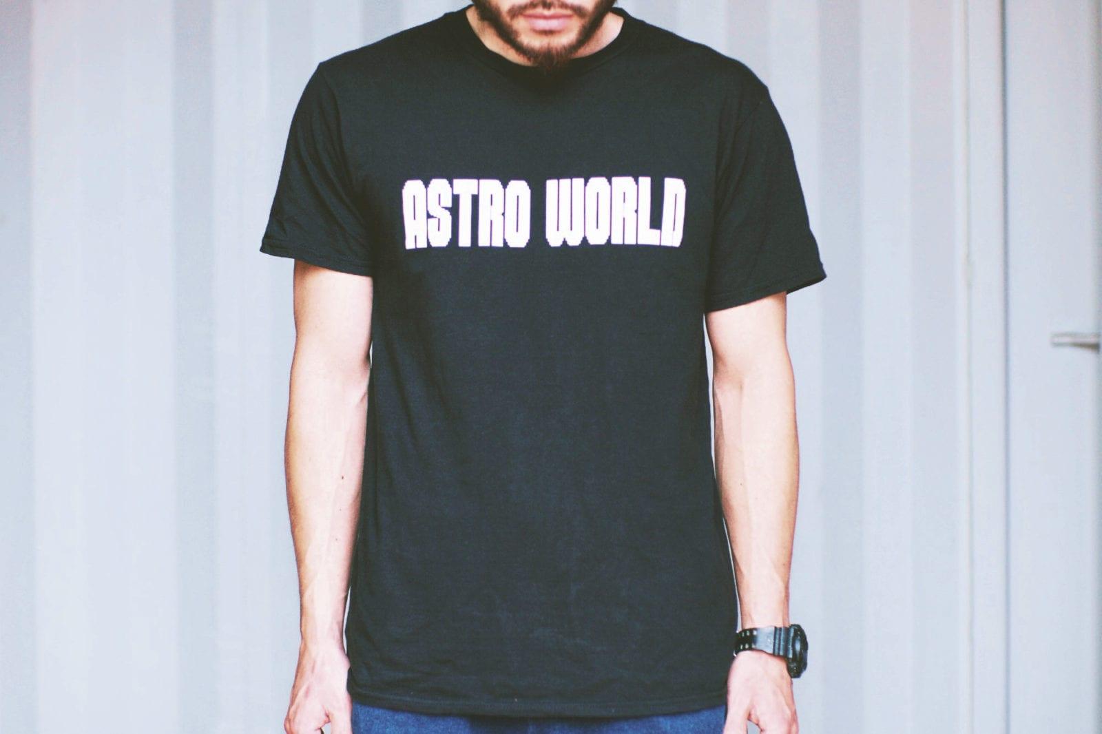 ASTRO WORLD Tシャツ