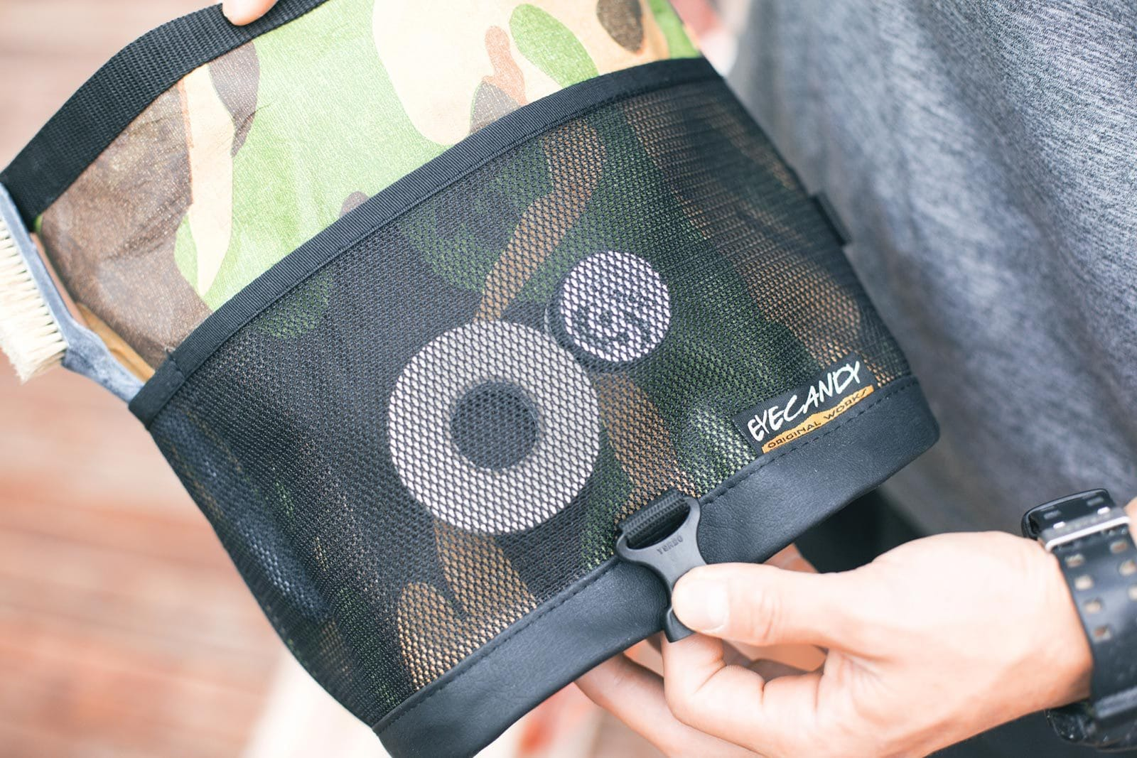 eyeCandy dual chalkbag