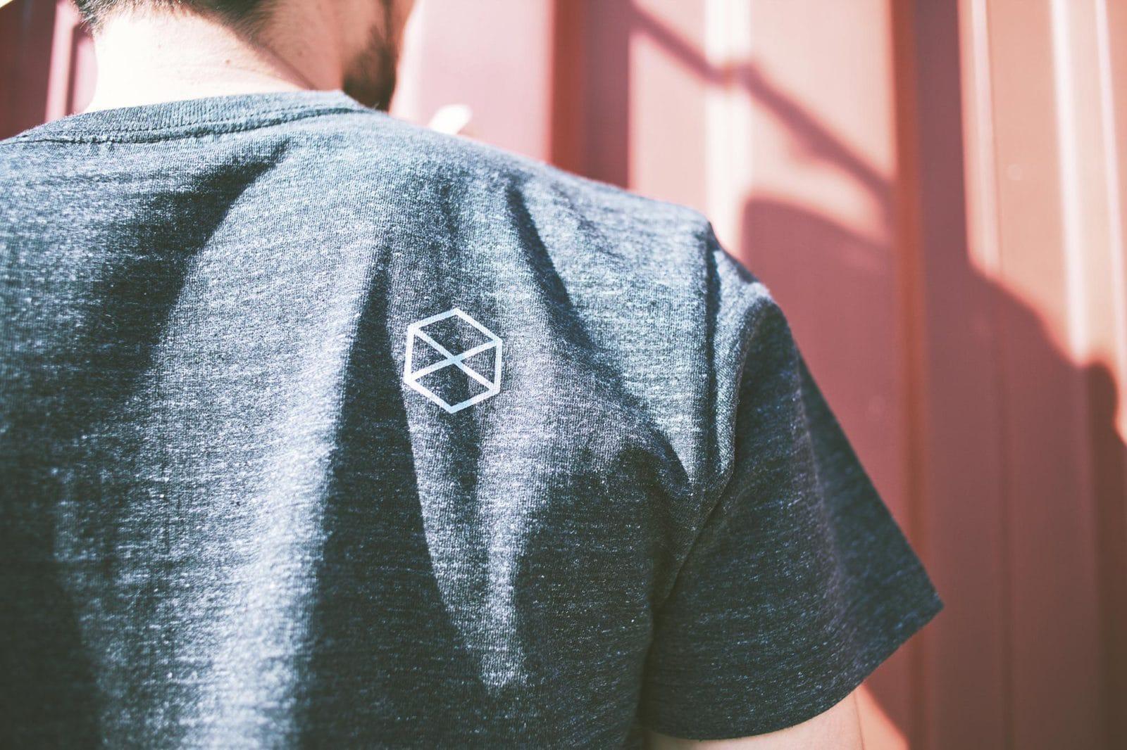 ミノリテTシャツ背面