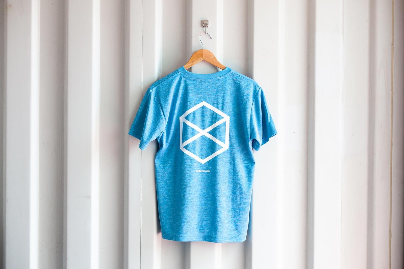 ミノリテロゴTシャツ/ヘザーブルー背面